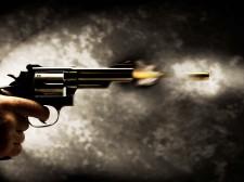 Disparo de revolver
